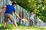Homme et femme jouant au Speedminton