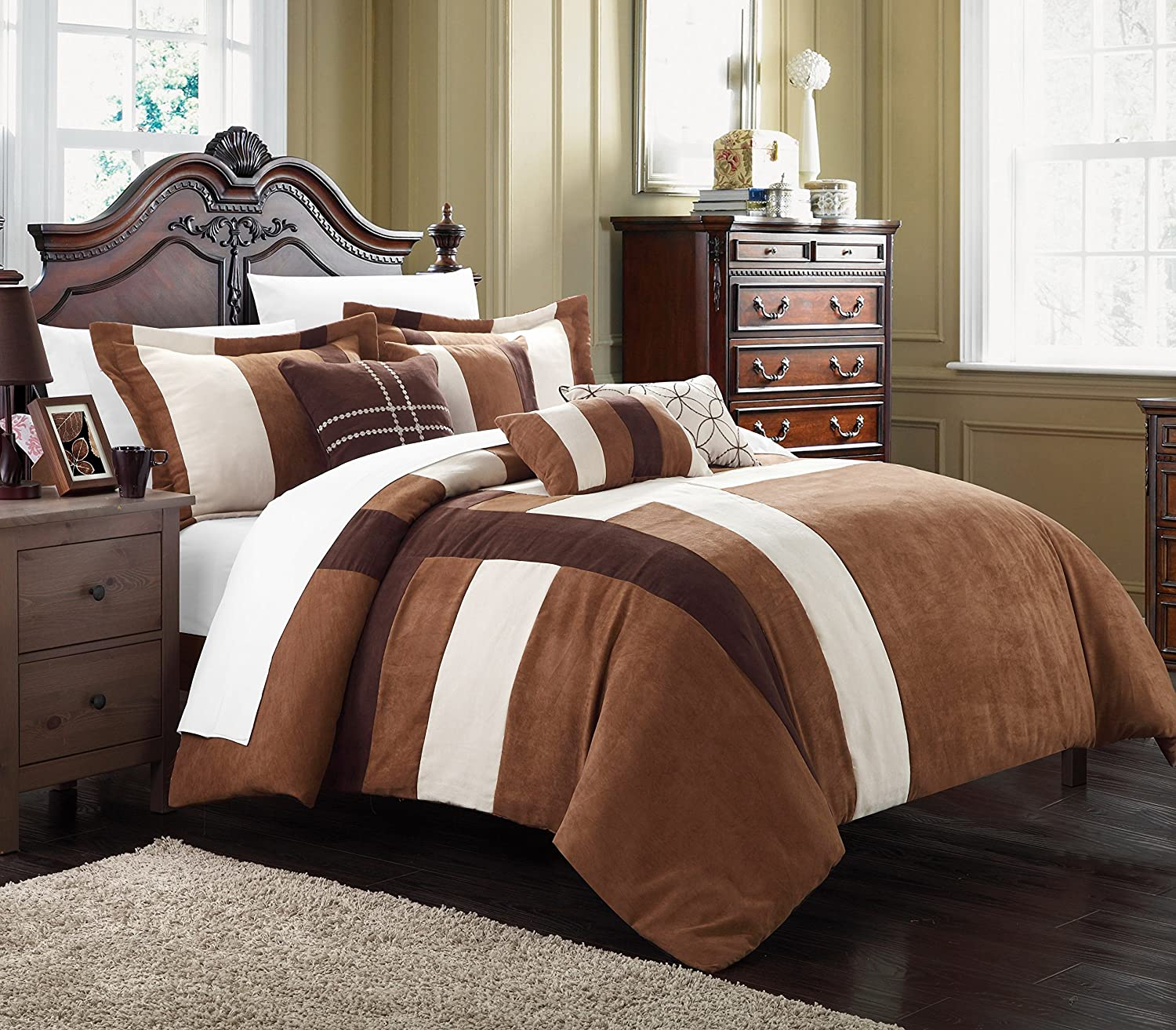 Chic Home Regina 7-Piece Plush Microsuede Comforter Set, Includes Bed in a Bag, 2-Sham and 4-Throw Pillow, Queen, Brown/Cream CS1741-AN