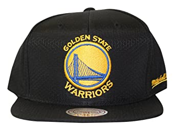new styles d9817 d99de Mitchell And Ness Men s NBA Golden State Warriors Black Ripstop Honeycomb  Snapback Hat at Amazon Men s Clothing store