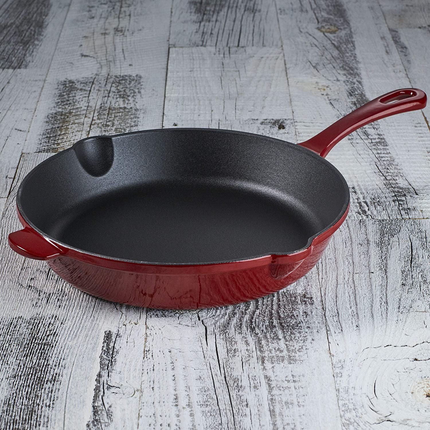 Cuisinart CI22-24CR Chef's Classic Enameled Cast Iron 10-Inch Round Fry Pan, Cardinal Red