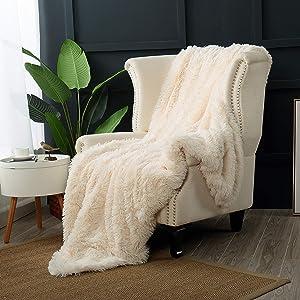 "Reafort Luxury Long Hair Shaggy PV Fur Faux Fur Oversized Throw Blanket (Cream, 60""X70"" Throw)"