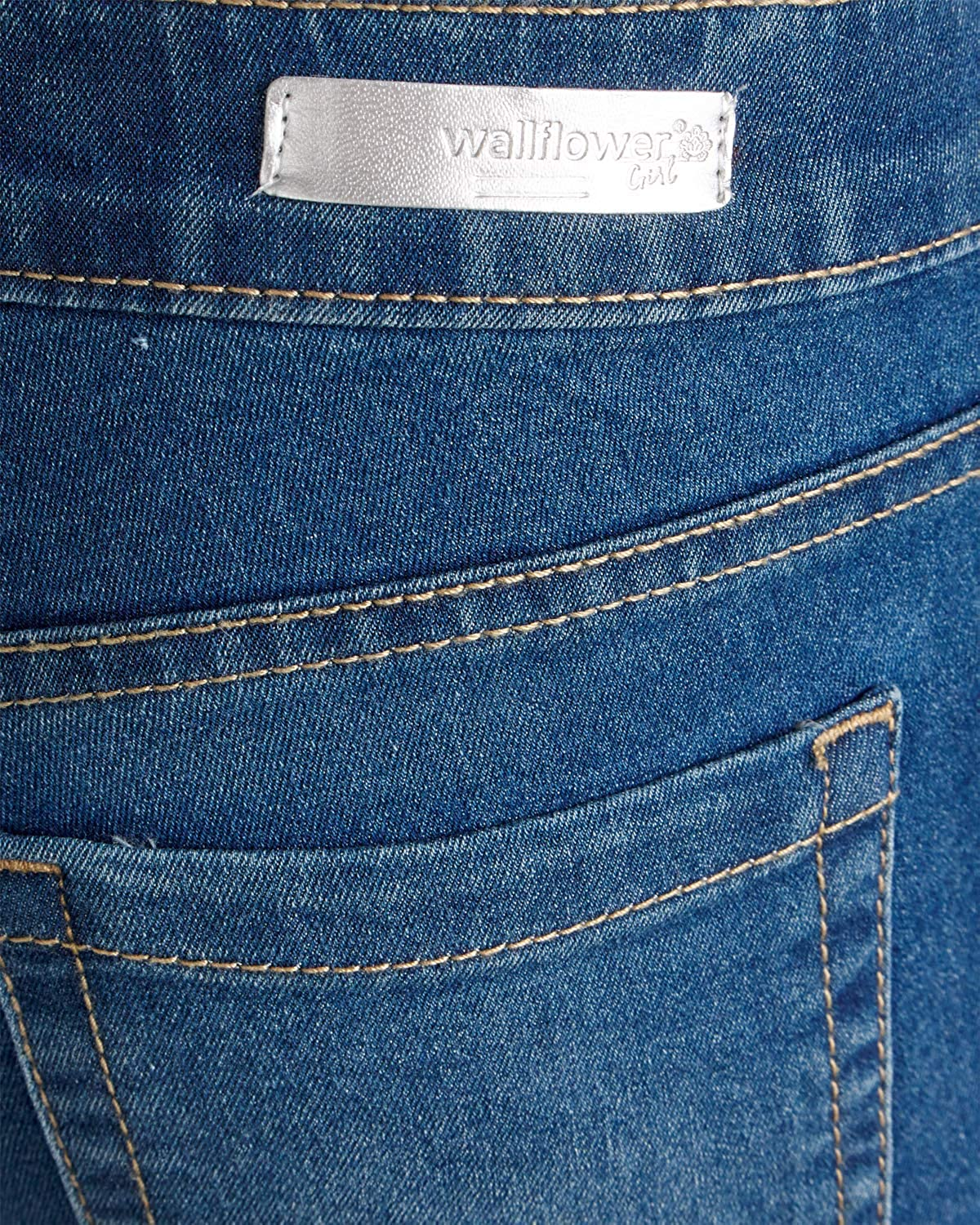 Amazon.com: Wallflower vaqueros Niñas Suave Denim Elástico ...