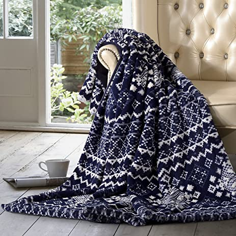 Amazon.com: Member's Mark Luxury Faux Fur Throw (Blue Fair Isle ...