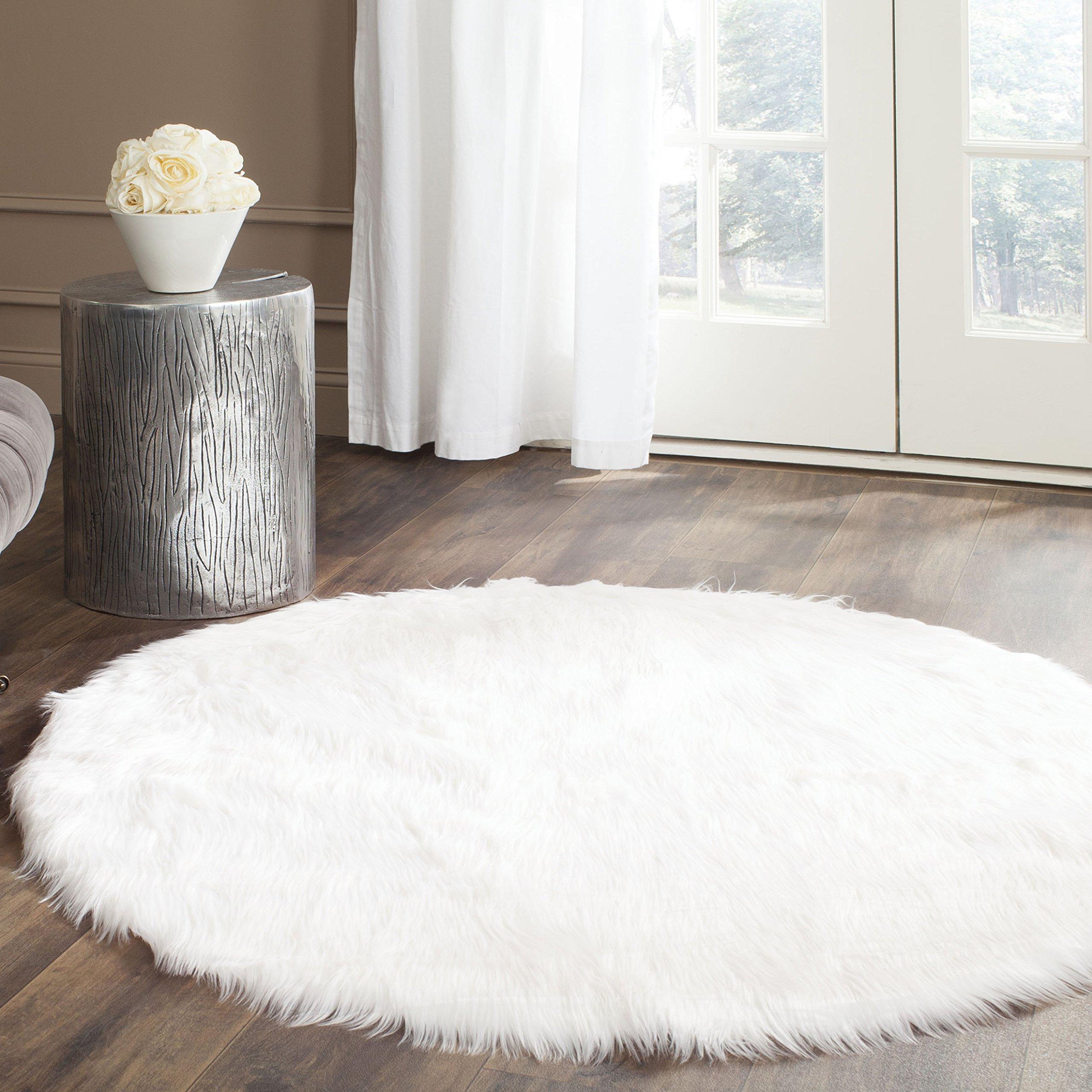Safavieh Faux Silky Sheepskin FSS235A Alfombra de pelusa de área redonda de marfil (6 'de diámetro)