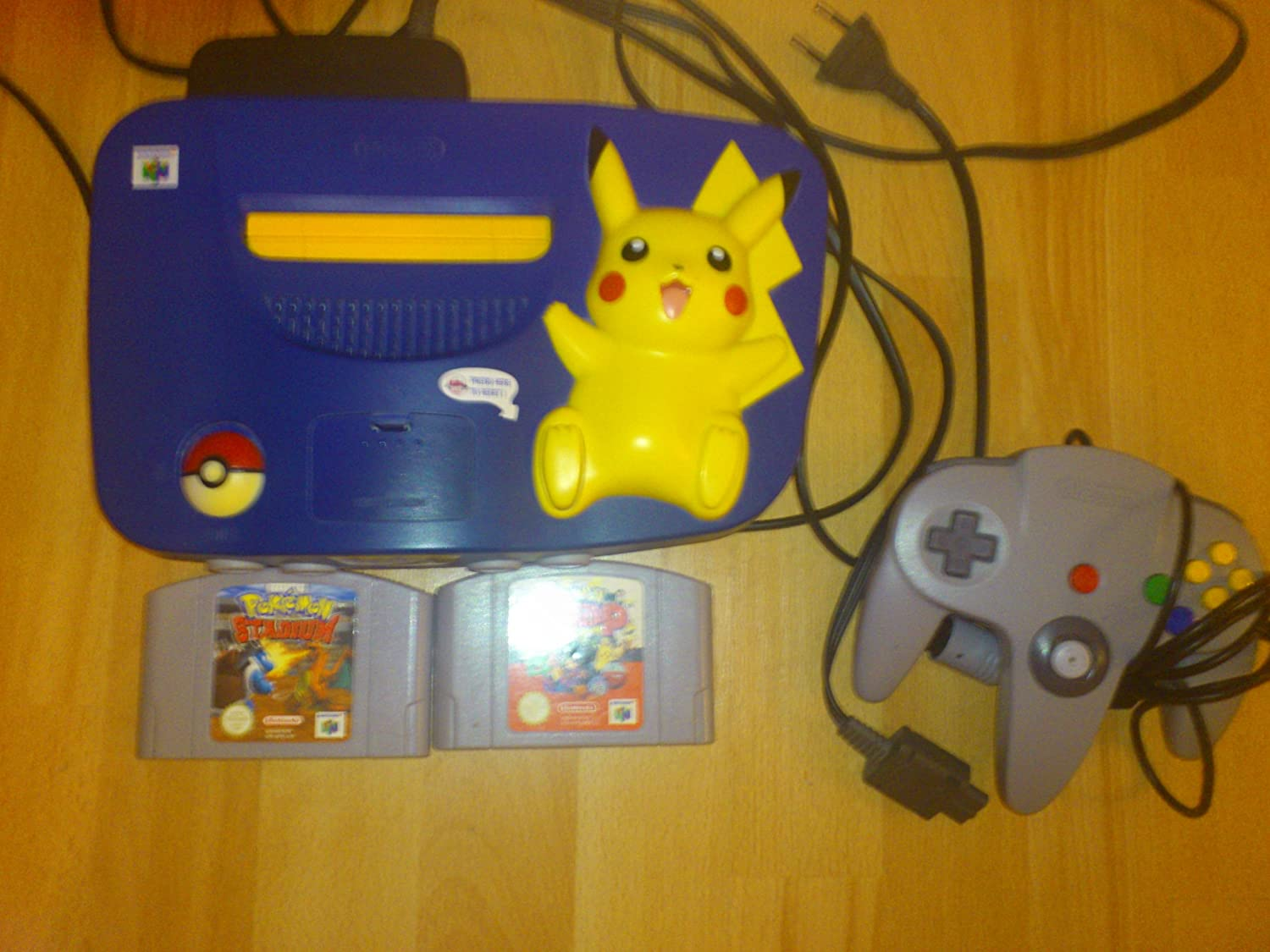 Nintendo 64 System – Video Game Console – Pikachu Bundle