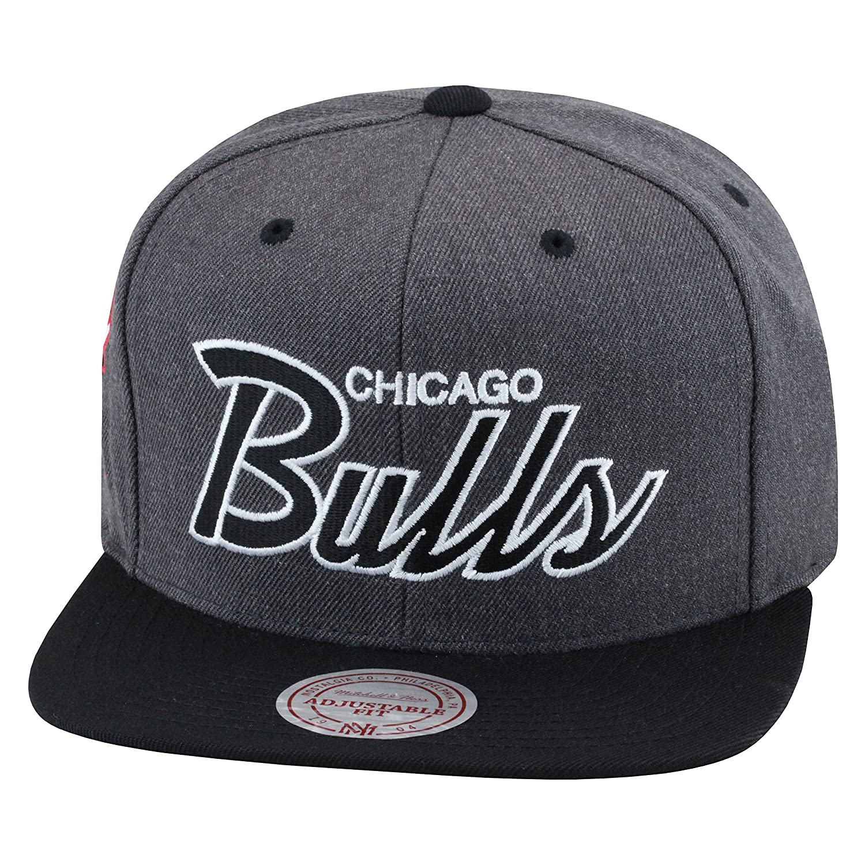015663f8fb0 Top8  Mitchell   Ness Chicago Bulls Snapback Hat Cap Dark Grey  Heather Black Script