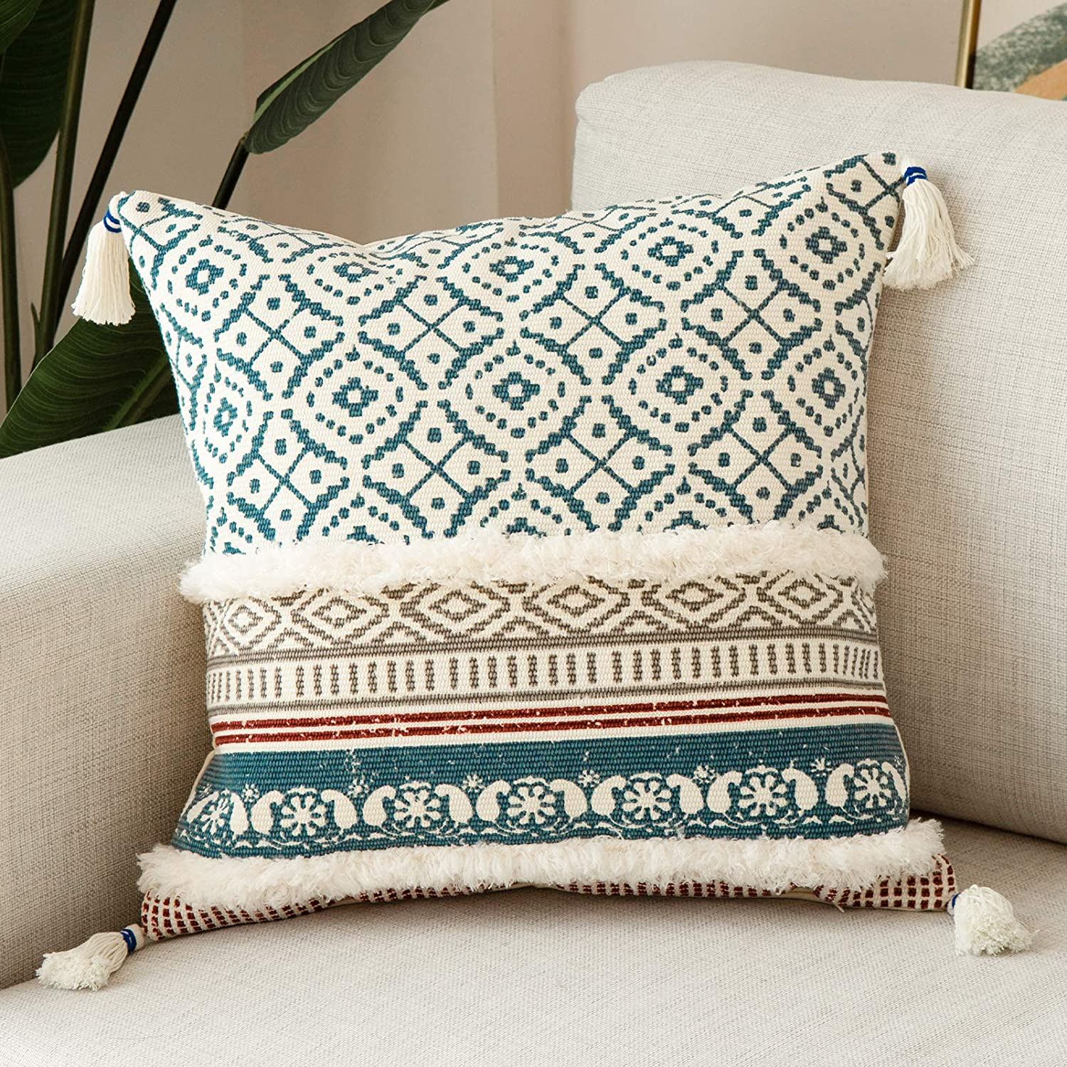 Boho Tufted Decorative Throw Pillow Covers for Couch Sofa - Modern Moroccan Style Pillow Cases with Tassels, Accent Decor Pillow for Bedroom Car Hotel, 18x18 Inches, Blue