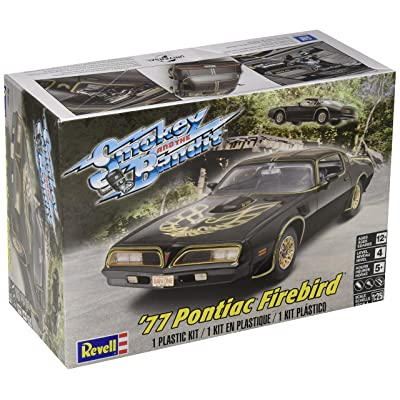 Plastic Model Kit-'77 Smokey And The Bandit Firebird 1:25: Toys & Games