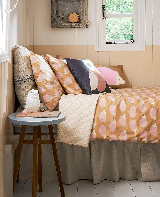 Anorak Kissing Hedgehogs Pillowcase