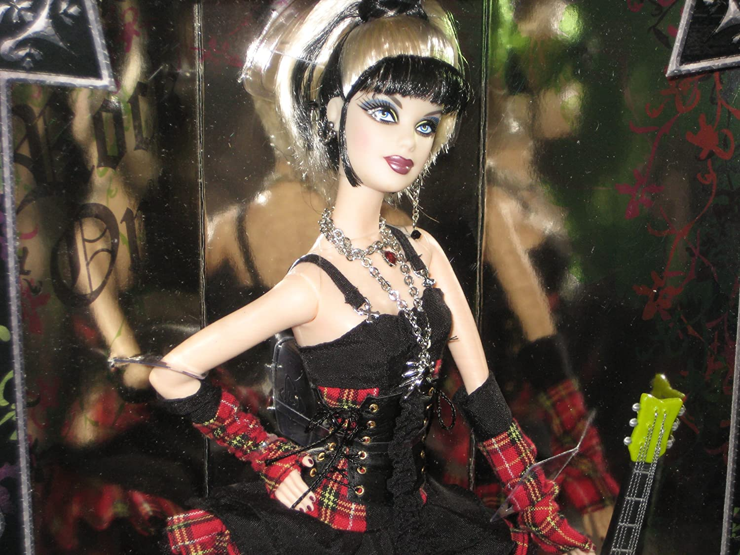 Amazon.es: Barbie GOLD Collector Doll 2008 - HARD ROCK CAFE #6 ...