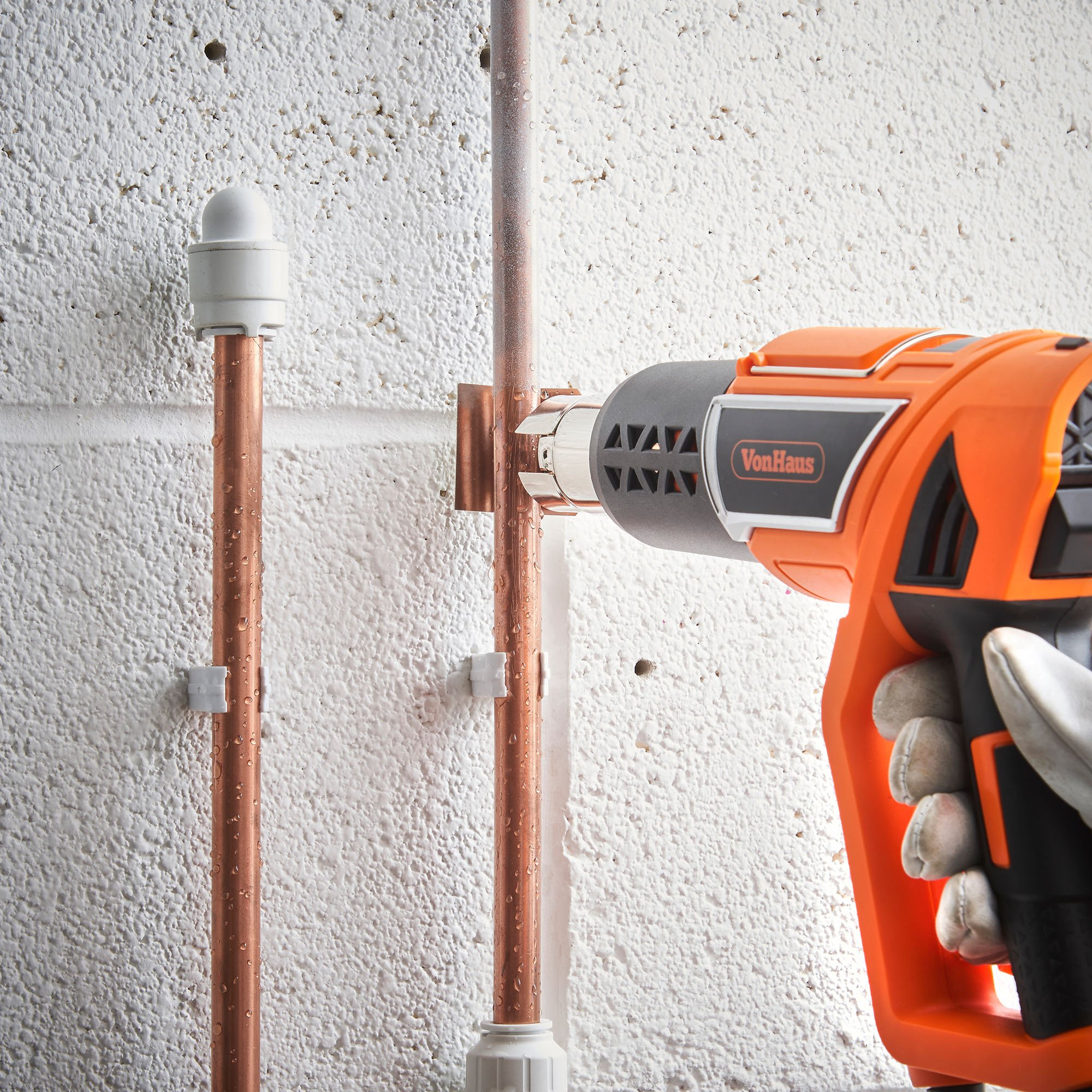 VonHaus 1500W Heat Gun Hot Air Gun with Variable Temperature Control, 3-Position Adjustable Handle and 5 Nozzle Attachments for Shrinking PVC, Removing Paint, Bending Pipes, BBQ Grills by VonHaus (Image #5)