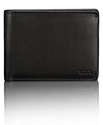 0ca853149ccf Amazon.com  TUMI Men s Nassau ID Lock Double Billfold Wallet