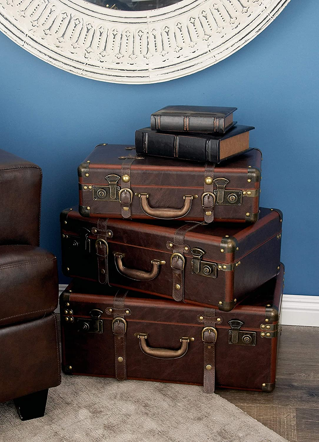 Amazon Com Deco 79 56976 Wood And Leather Vintage Suitcase Boxes Set Of 3 Brown Home Kitchen