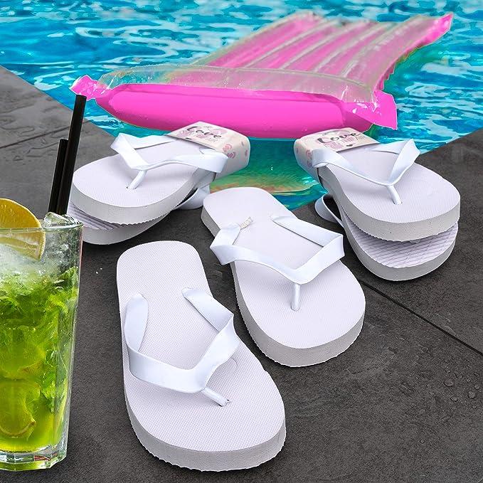 WeddingTree Chanclas para Mujer de Color Blanco - Ideales para Bodas, Invitados y Fiestas - 20 Pares 4XS 12xM 4XL - Cesta de Mimbre Blanca con Interior de algodón: Amazon.es: Hogar