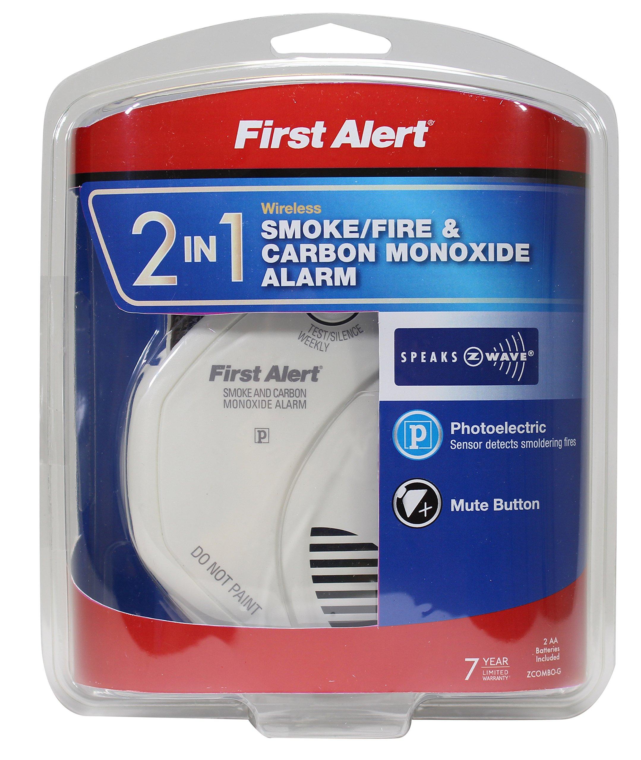 first alert 2 in 1 z wave smoke detector carbon monoxide alarm. Black Bedroom Furniture Sets. Home Design Ideas