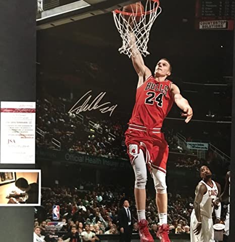 7305bd033493 Lauri Markkanen Chicago Bulls Autographed Signed 8x10 JSA WITNESS COA at  Amazon s Sports Collectibles Store