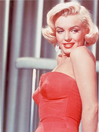 5cb58aeb70048 Amazon.com  Marilyn Monroe Red Dress Hollywood Photo Music Movie Star Photos  8x10  Prints  Posters   Prints