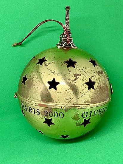 Paris Christmas Ornament.Amazon Com Alla Creations Givenchy Paris 2000 Christmas