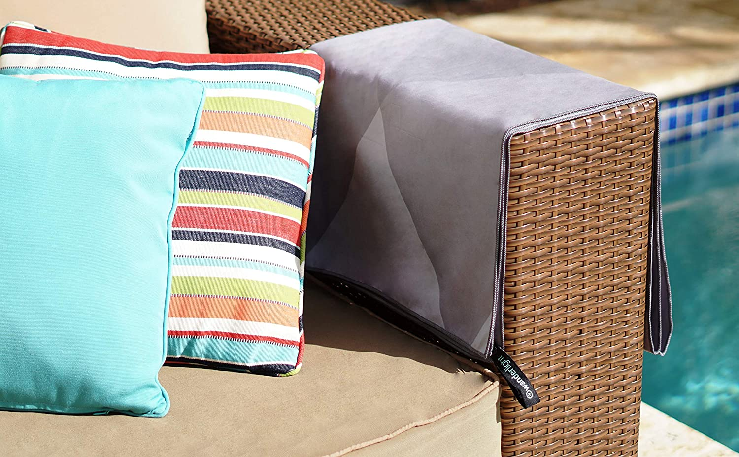 Perfect for Camping Gym Compact Water Sports Quick-Dry Beach /& Yoga Microfiber Towel Turquoise Chevron, Standard Travel Super Absorbent Beach Yoga Sand-Free