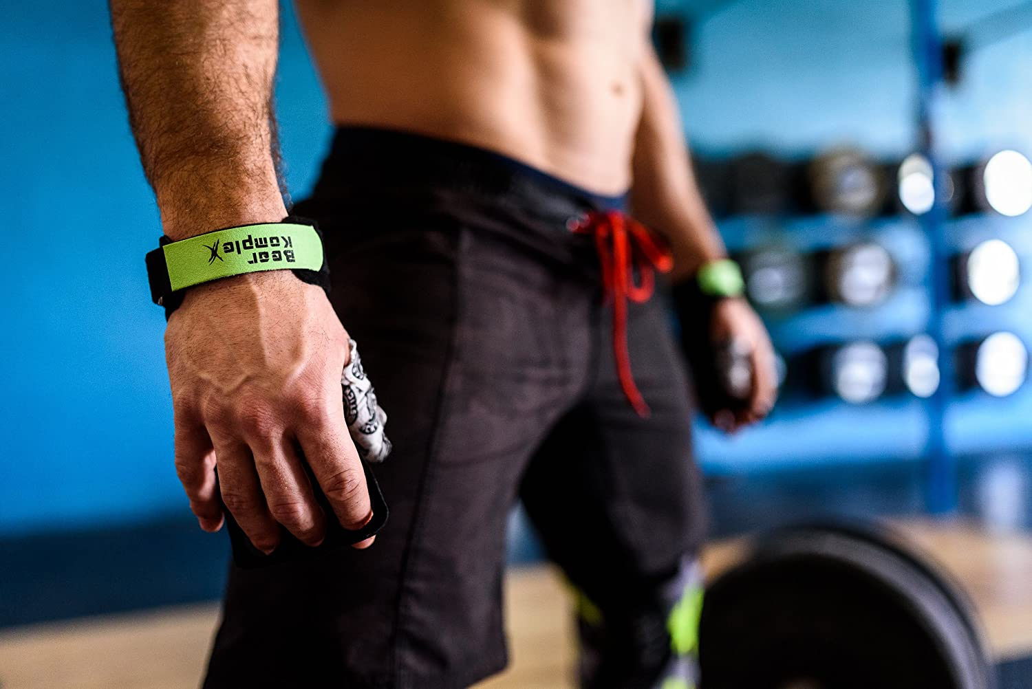 Exercise LRG 2hole Ylw And More Cross Training Chin ups Bear KompleX 2 Hole Gymnastics Grips Are Great for WODs Weight Lifting Protect Your Palms from rips And Tears pullups Kettlebells