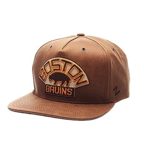 NHL Boston Bruins Men's Dynasty Snapback Hat, Adjustable, Leather