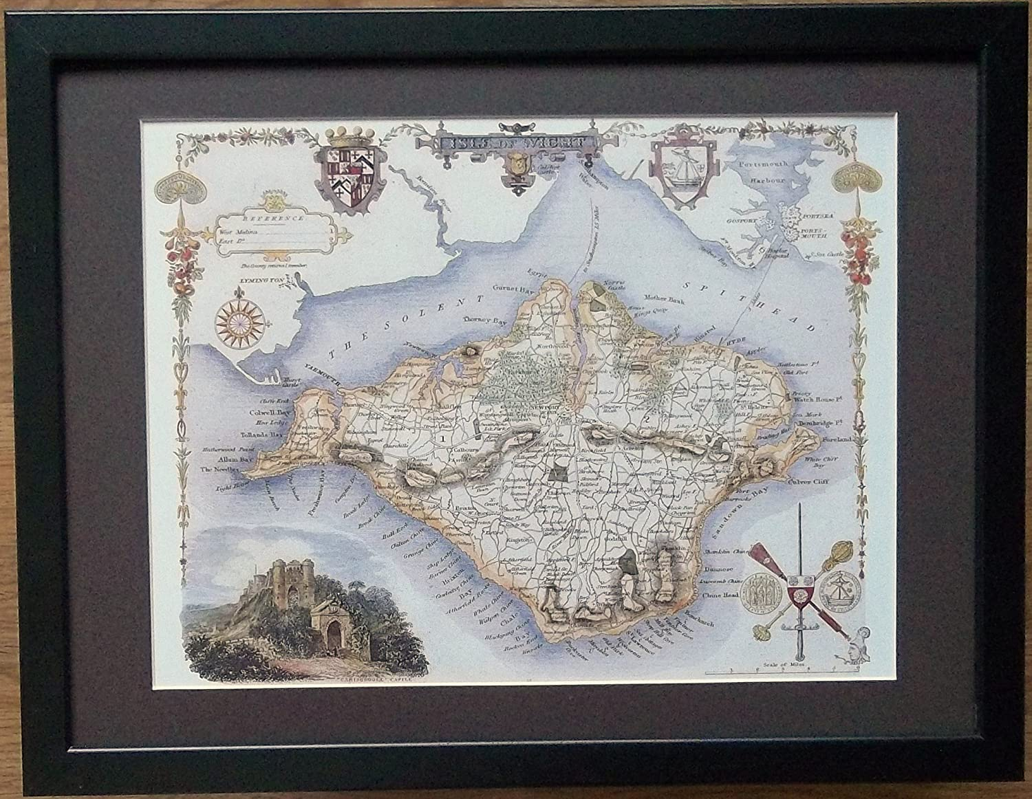Framed and Mounted County Map - 12'' x 16'' frame, Isle of White Map framed print