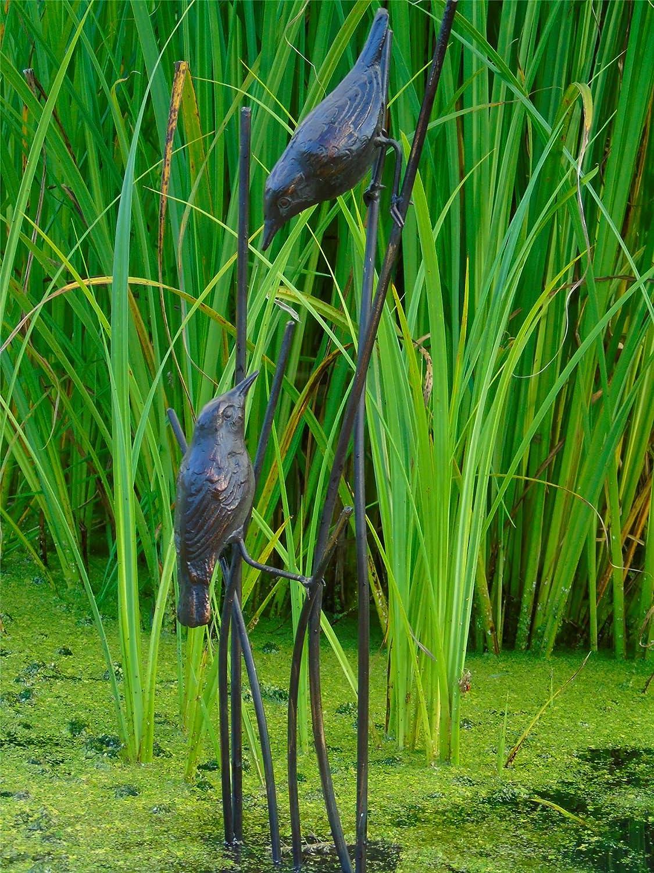 Pájaros en cañas jardín Estatua. Fundido en hierro con un acabado en bronce envejecido