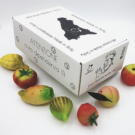 """Fruta """"de martorana"""" (mazapán, pasta de almendra) en confeccion de"""