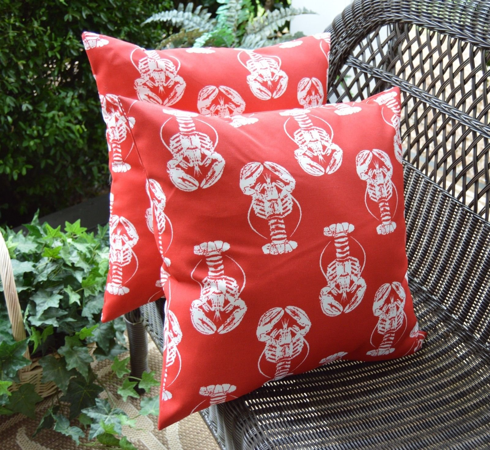 Set of 2 Indoor / Outdoor 20'' Decorative Throw Pillows - Coastal / Beach / Nautical Red & White Lobster Print