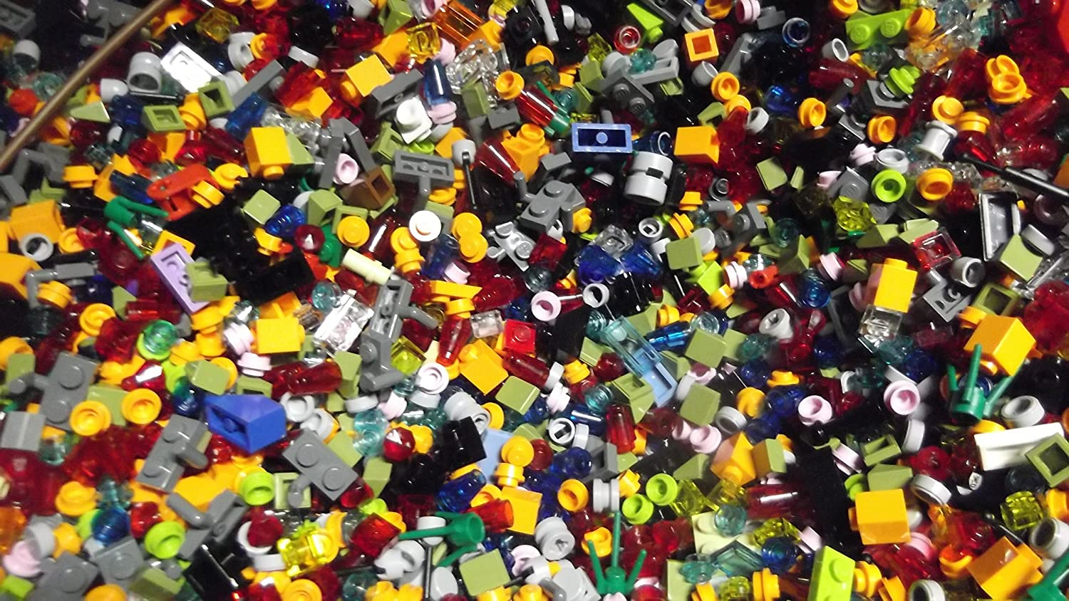 LEGO Bulk LOT of 1000 Small Tiny Detail Pieces to ADD to Your Creations