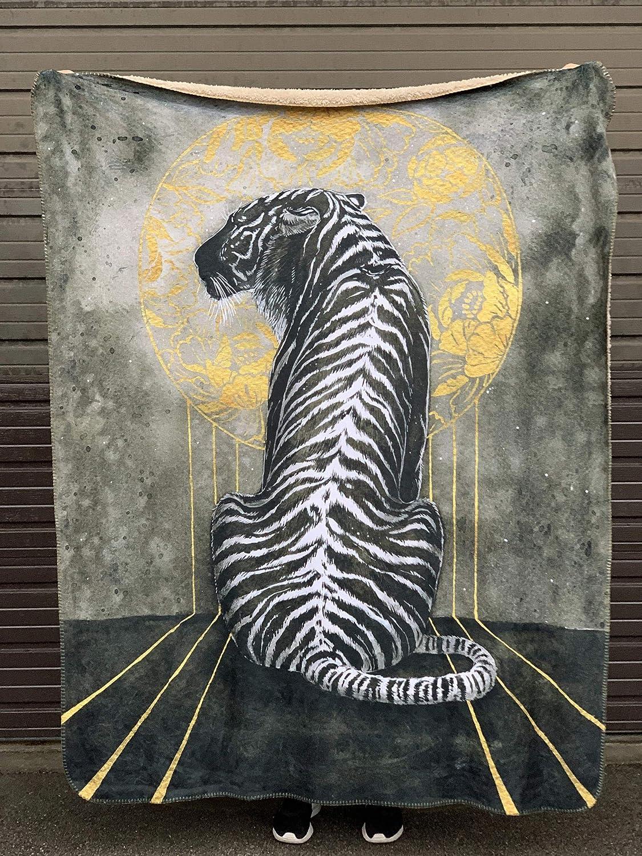 Black Tiger Blanket