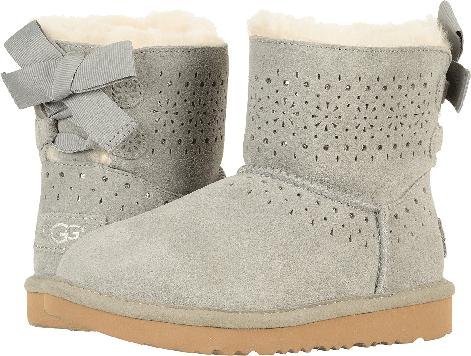 9b44076804 UGG Big Kids Dae Sunshine Perf Boot Seal Size 4 Big Kid M  Amazon.co.uk   Sports   Outdoors