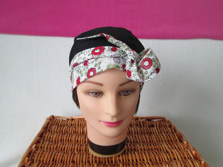 Foulard, turban chimio, bandeau pirate au féminin noir avec des fleurs rouges