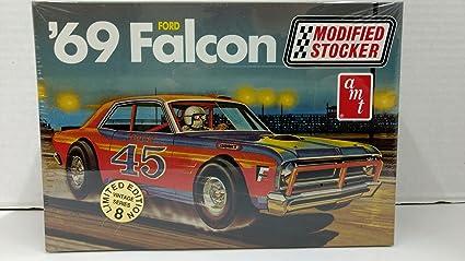 Amazon com: AMT 30142 1969 Ford Falcon Modified Stocker 1:25