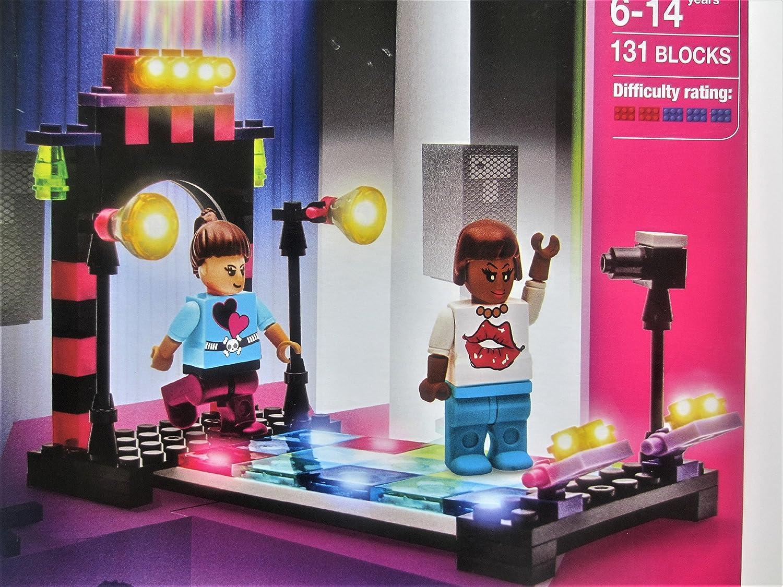 Block Tech girl time fashion chick Runway 131 blocks Grafix