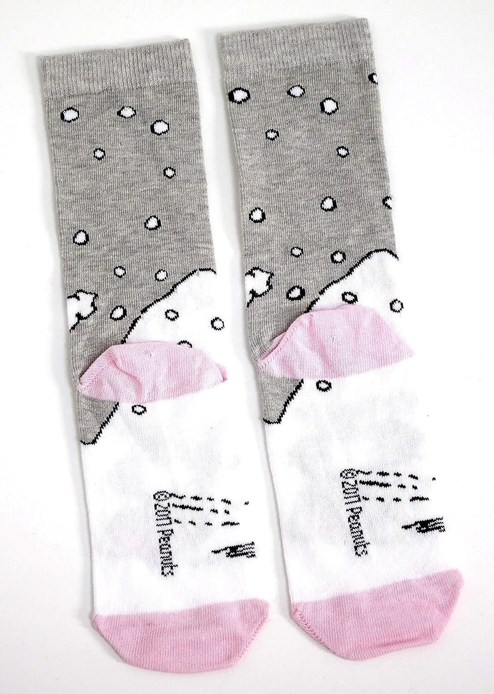 Ladies Snoopy Sledging In The Snow Christmas Socks UK 4-8 Eur 37-42 USA 6-10