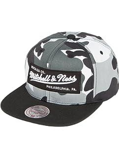 Mitchell   Ness Men Caps Snapback Cap NBA HWC Eazy 110 Curved ... 56444f3aa847