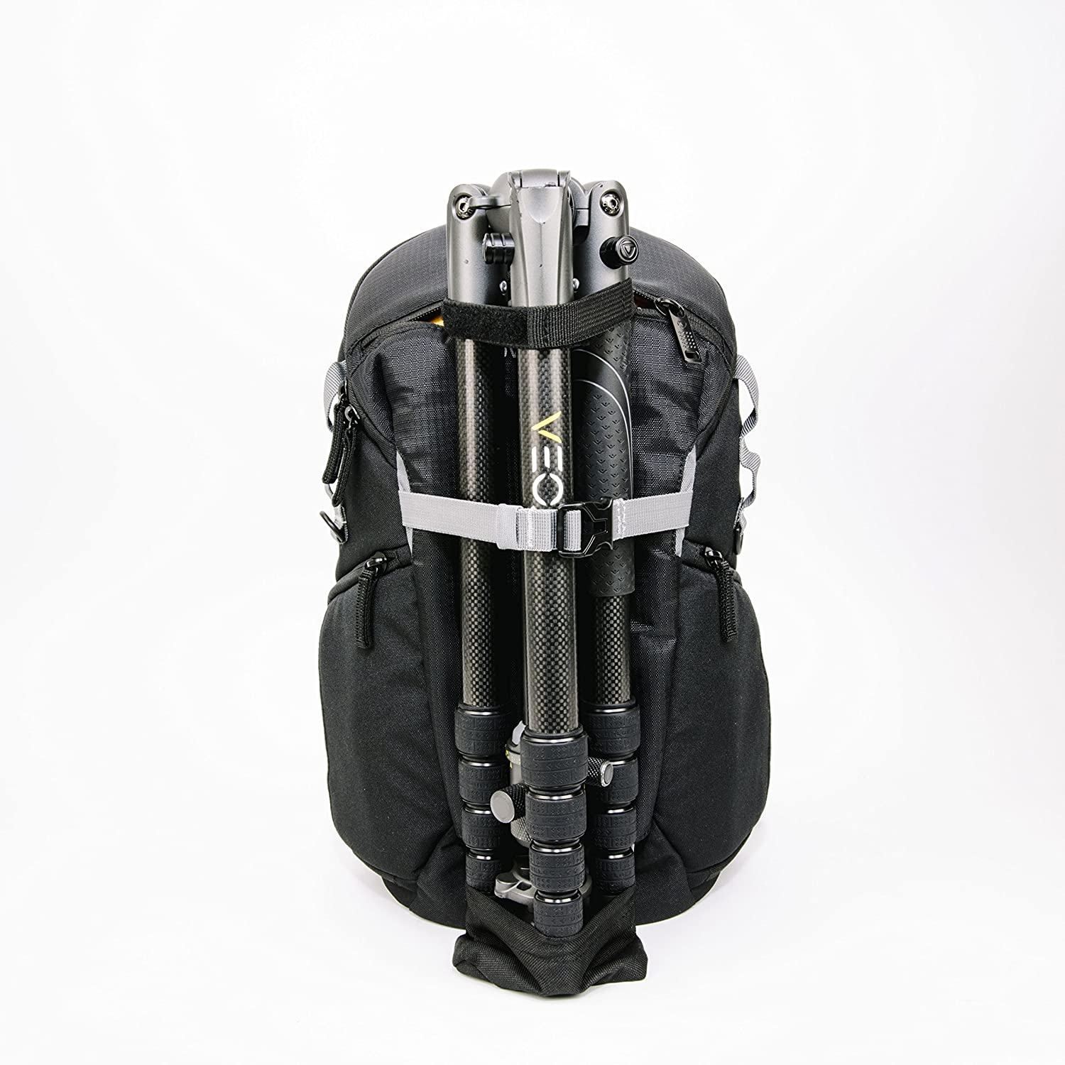 Amazon.com : VANGUARD Sling Backpack, Black (VEO Discover 41) : Camera & Photo