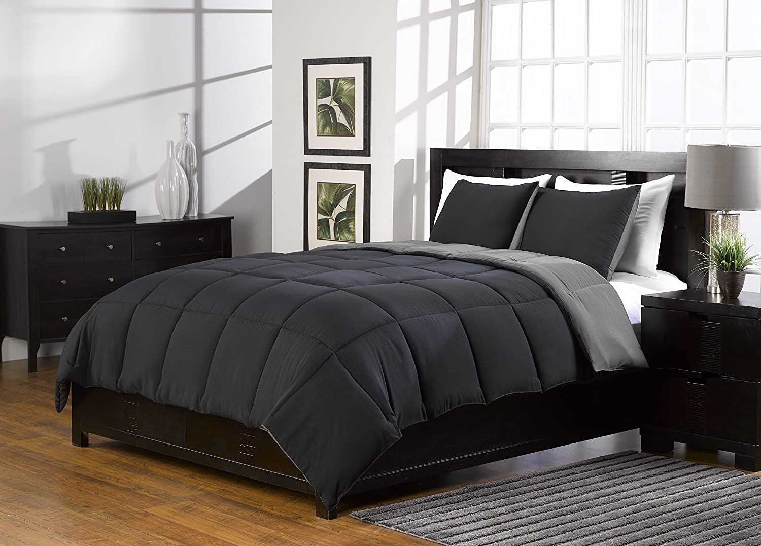 3 Pc Black and Grey Comforter Set