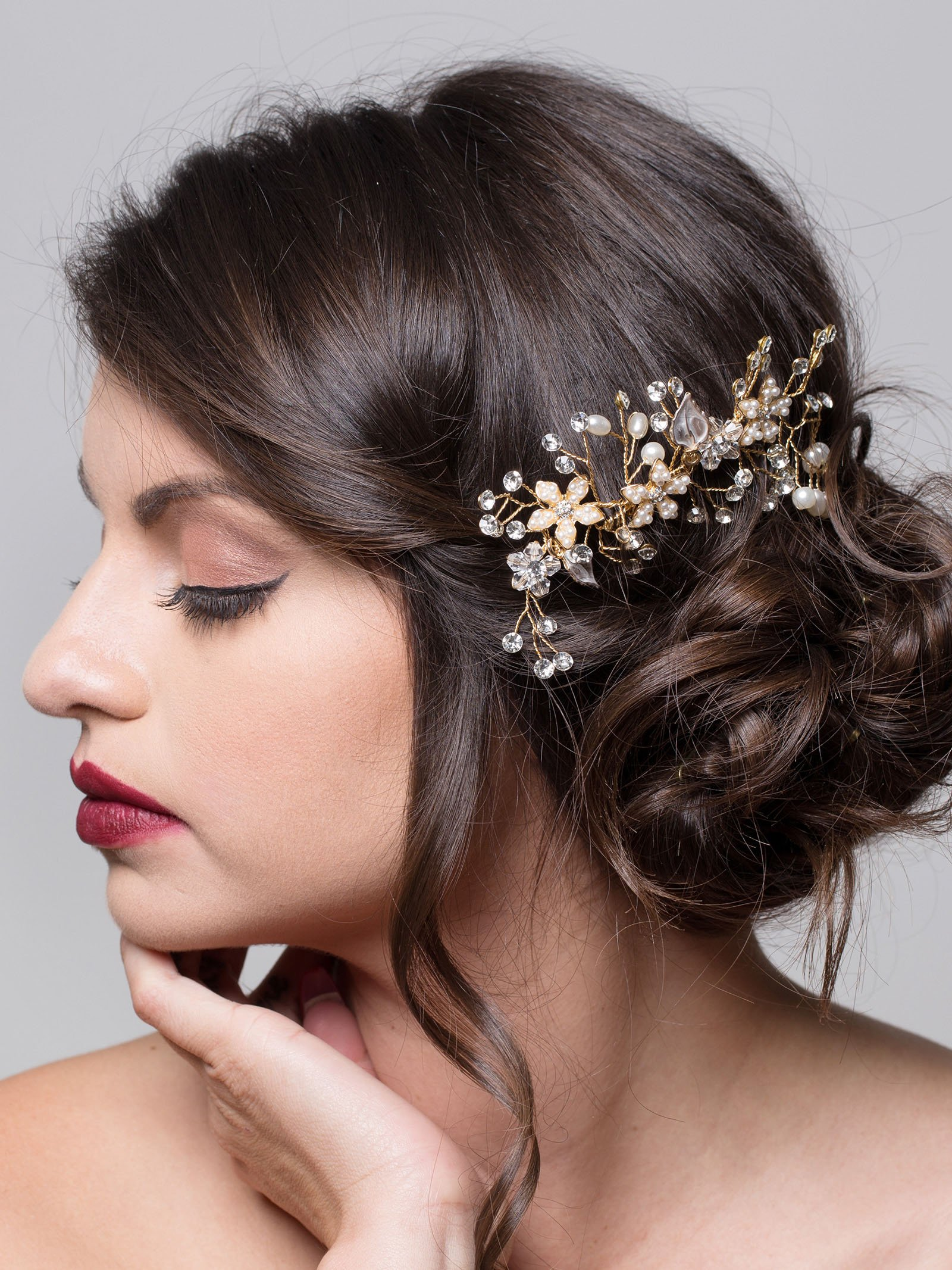 AW BRIDAL Crystal Hair Side Combs Pearl Hair Clip Wedding Headpiece Women Hair Accessory