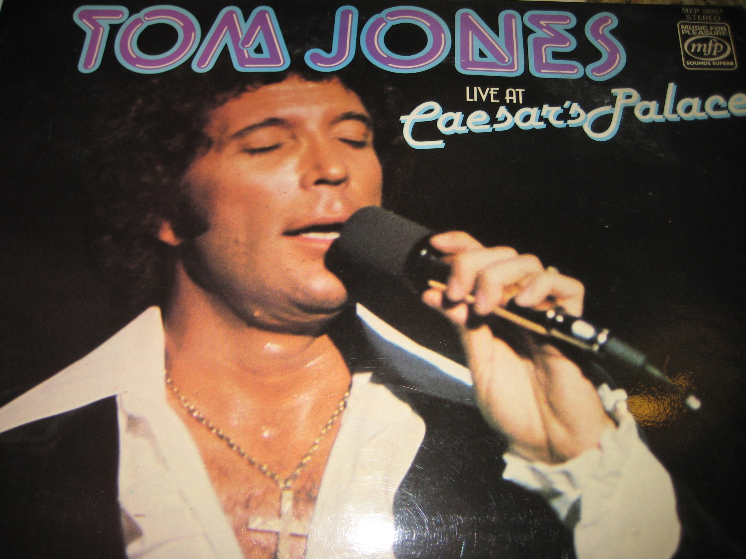 Tom Jones Live at Caesar's Palace [Rare Music For Pleasure Label] by Music for Pleasure