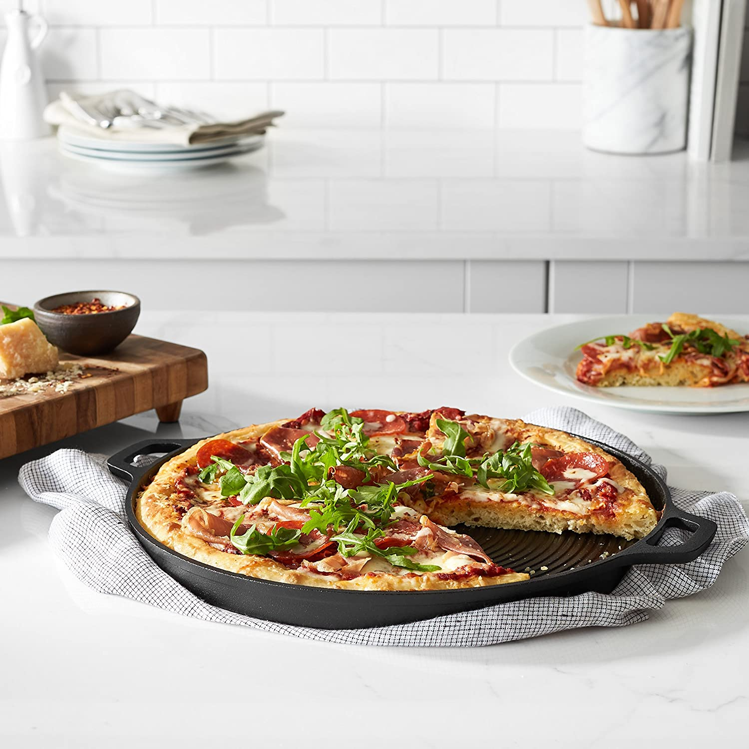 Pre-Seasoned Cast Iron Pizza Pan