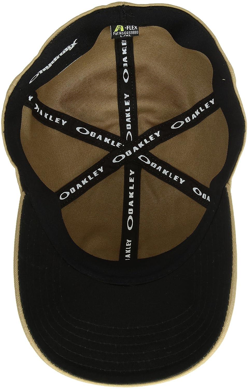 Oakley SI Cotton cap  Amazon.it  Sport e tempo libero 75efddb0379a