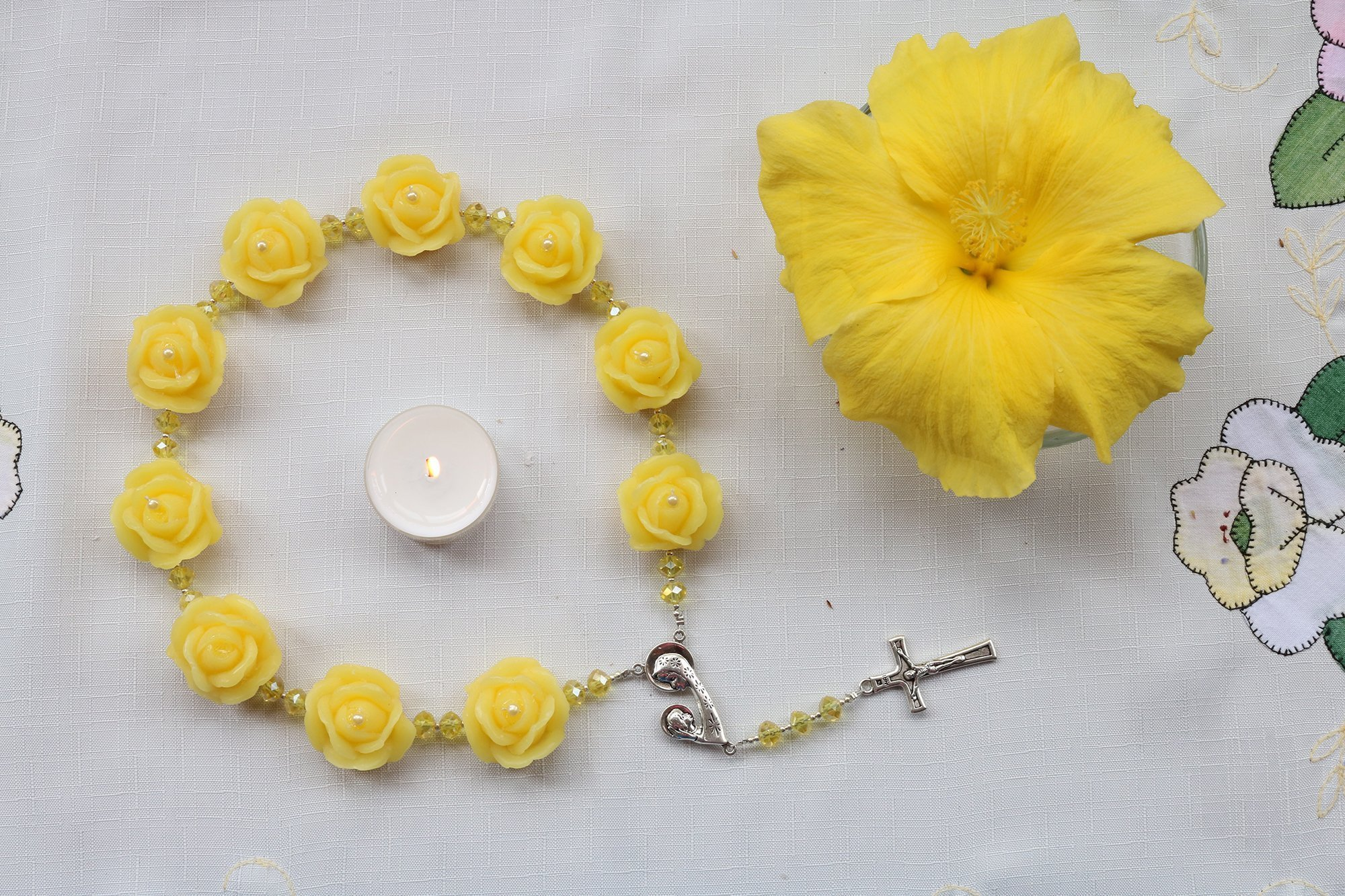 Catholic Rosary Altar Religious Gifts Home Decor Wax Handmade 1.2 inch Roses Beads Infused Essential Oils /R100YELLOW