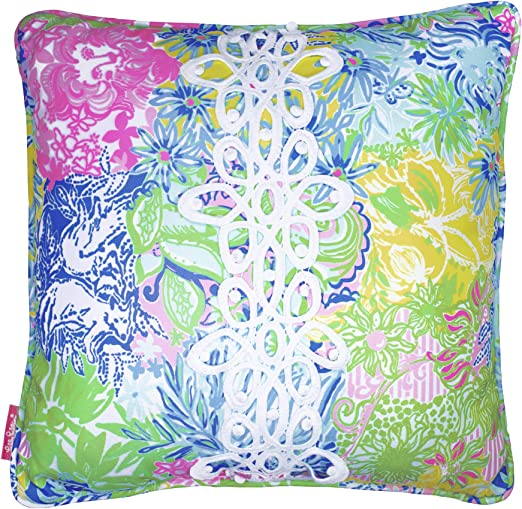 how to use decorative pillows amazon com lilly pulitzer indoor outdoor large decorative pillow how to use throw pillows on a bed lilly pulitzer indoor outdoor