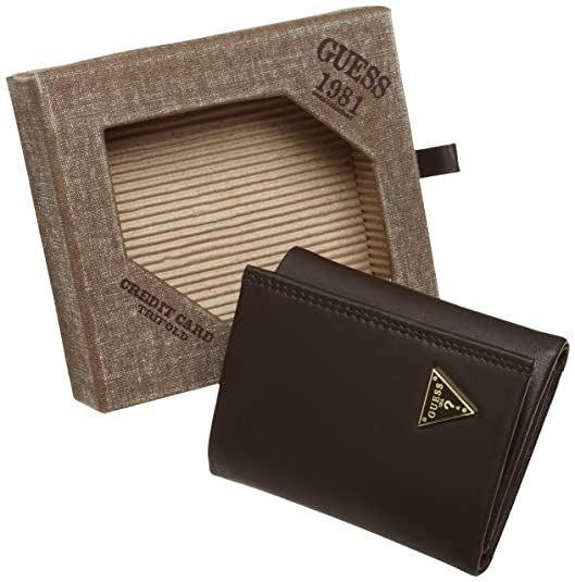 cd2a37208c Guess Mens Wallets Cruz Credit Card Trifold (Brown)  Amazon.co.uk  Shoes    Bags