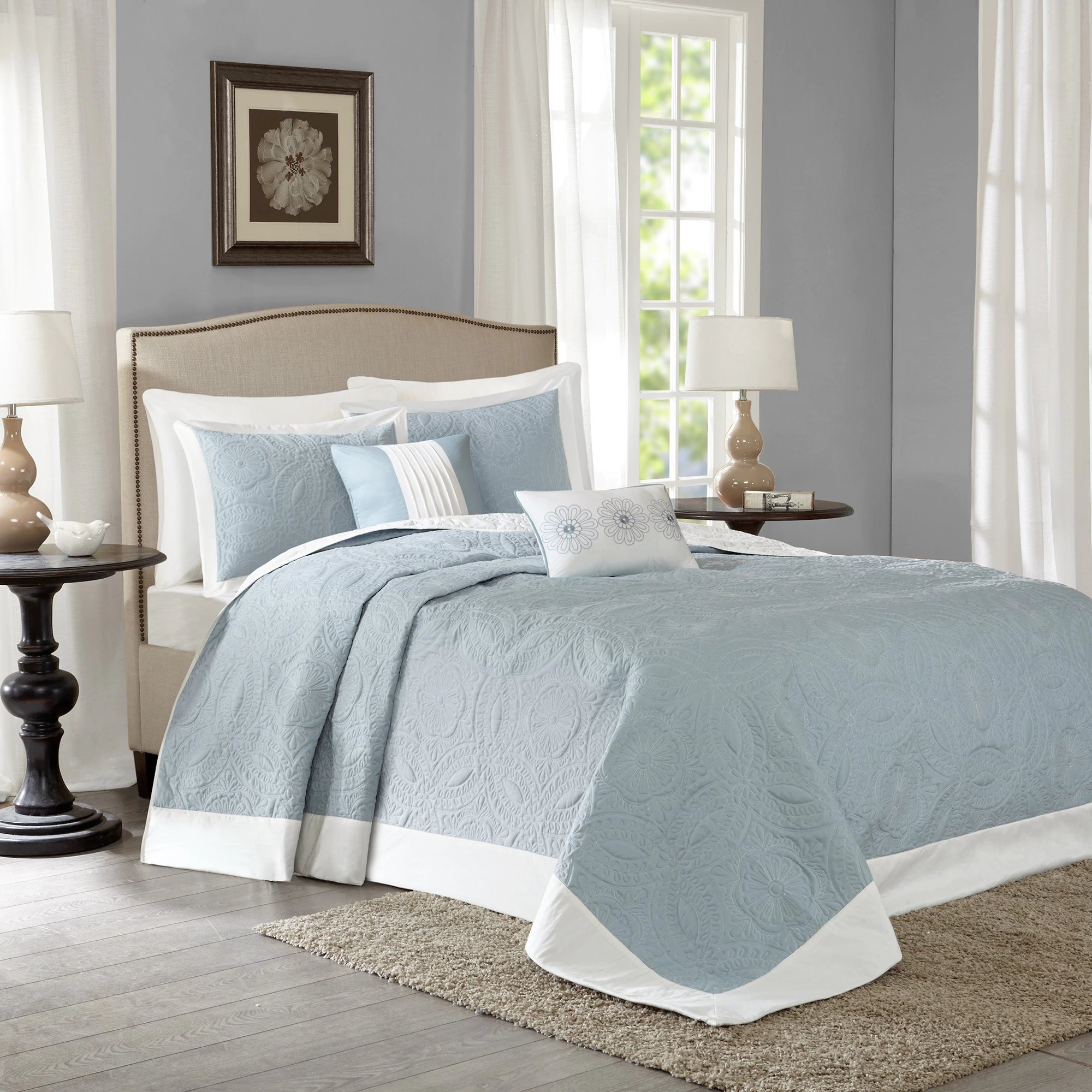 Blue and Ivory Microfiber with Reversible, 5-Piece King Bedspread Set and Medallion Pattern, Includes Scented Tart