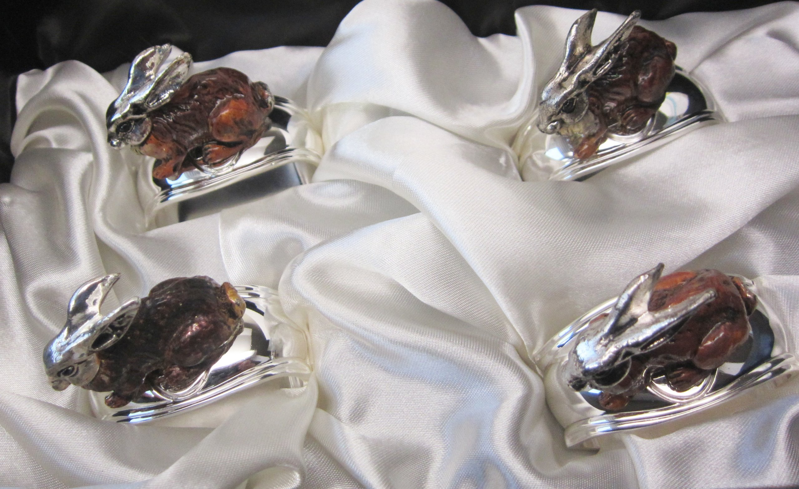 Hans Turnwald Set 4 Rabbit Bunny Signed Silverplate Figural Napkin Rings Easter Gift Box by Hans Turnwald (Image #5)