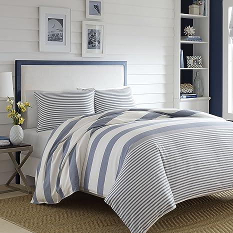 Amazon Com Nautica Home Fairwater Collection 100 Cotton Mediterranean Inspired Design Herringbone Weave Comforter Matching Shams 3 Piece Bedding Set Full Queen Blue Home Kitchen