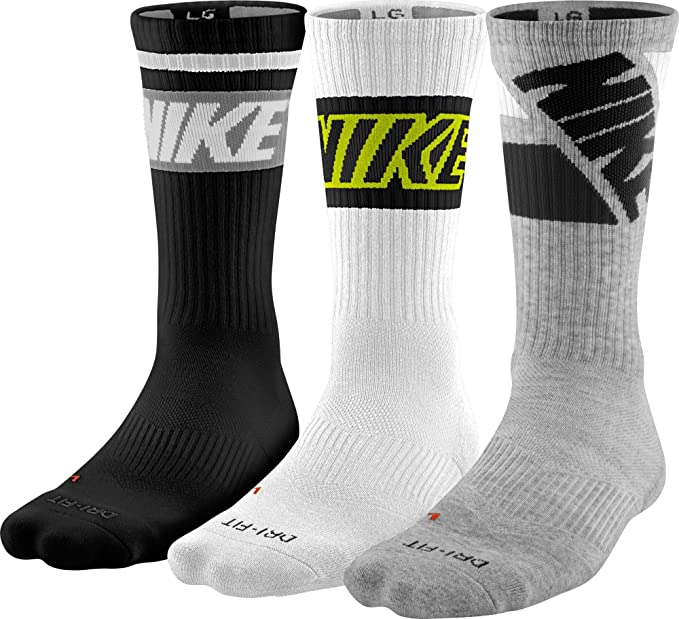 06f3d1979 Image Unavailable. Image not available for. Colour: Nike Dri-FIT Fly Rise  Crew 3-Pack Socks ...